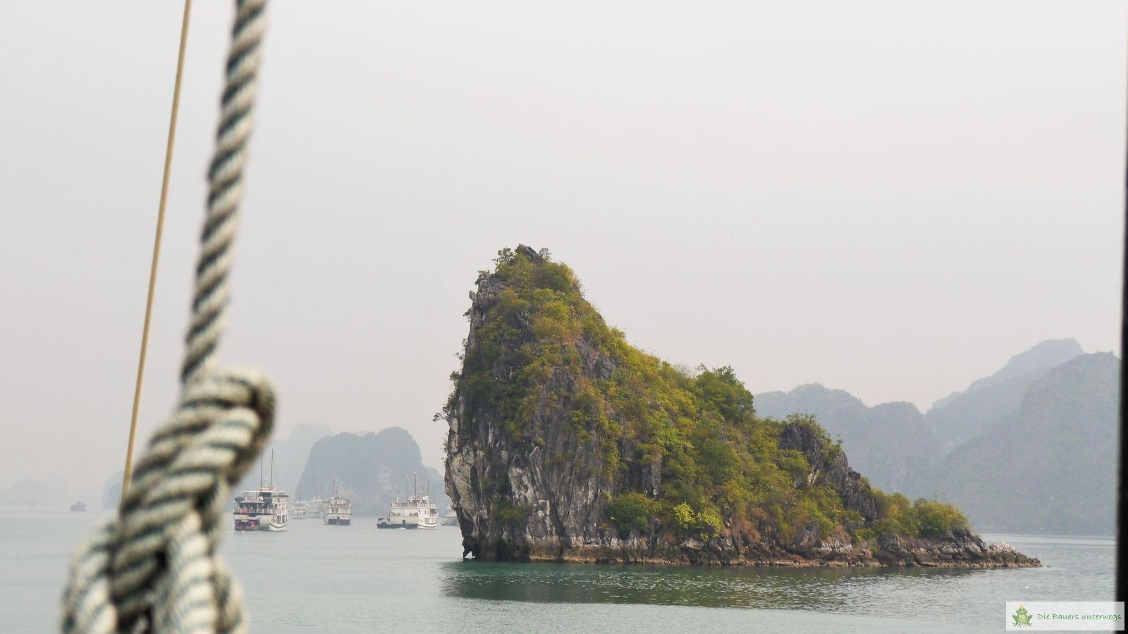 Vietnam_fb011